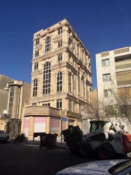 نمای کلاسیک خیابان کارگر بعد از اجرا